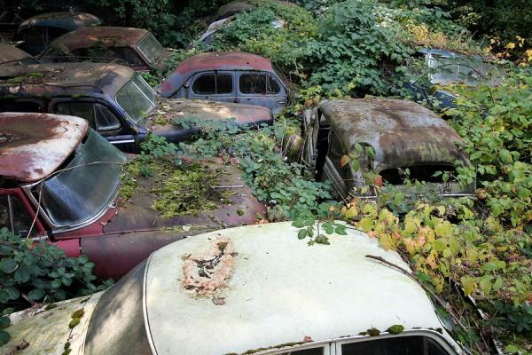 02 Autofriedhof