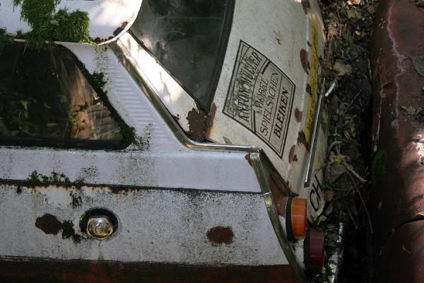 03. Autofriedhof