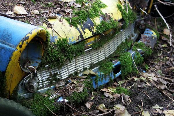 09. Autofriedhof